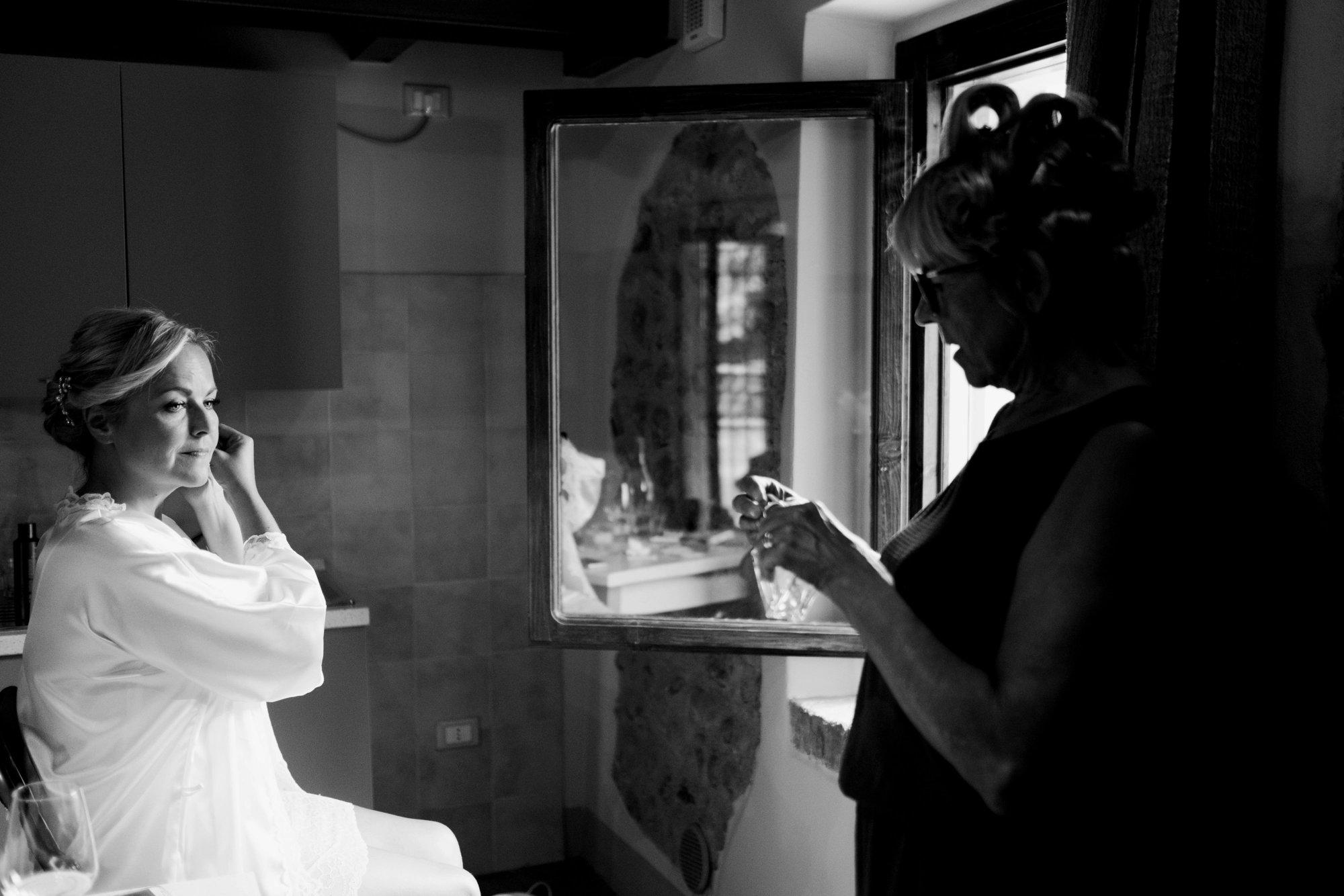 destination-wedding-in-torri-del-benaco