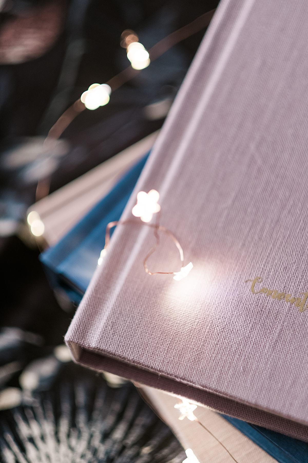 qt-qlbum-premium-pastel