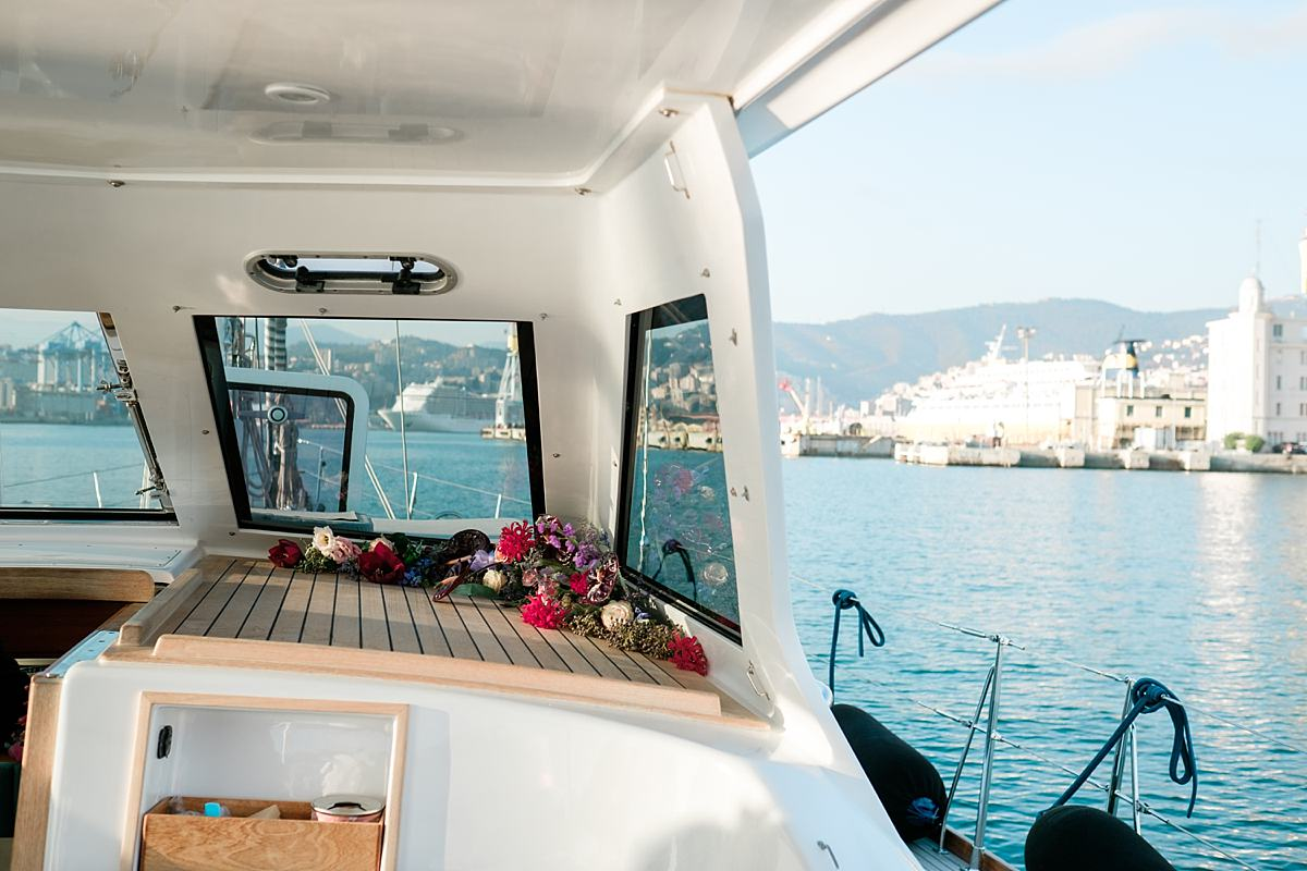 Elopement-on-a-sailboat-in-Italy_4089