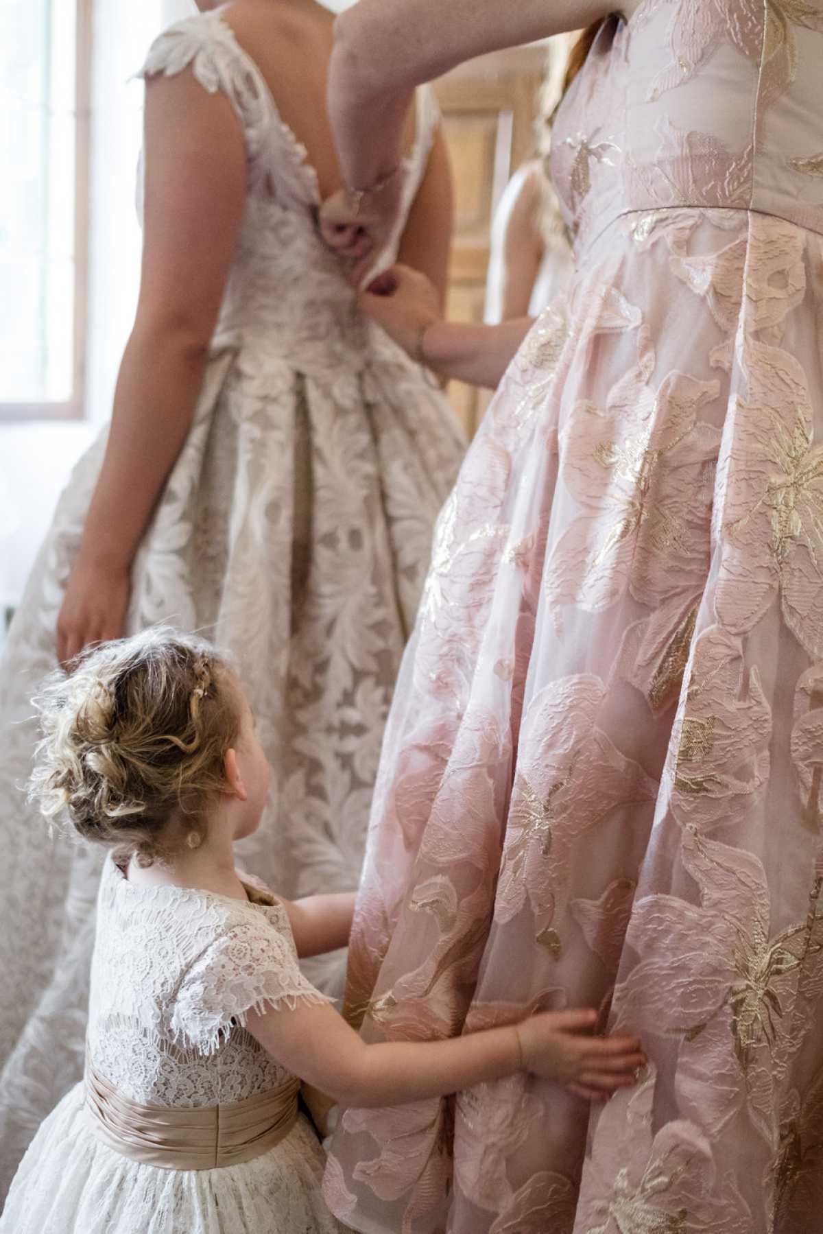 Scena di preparativi della sposa a Villa Zambonina
